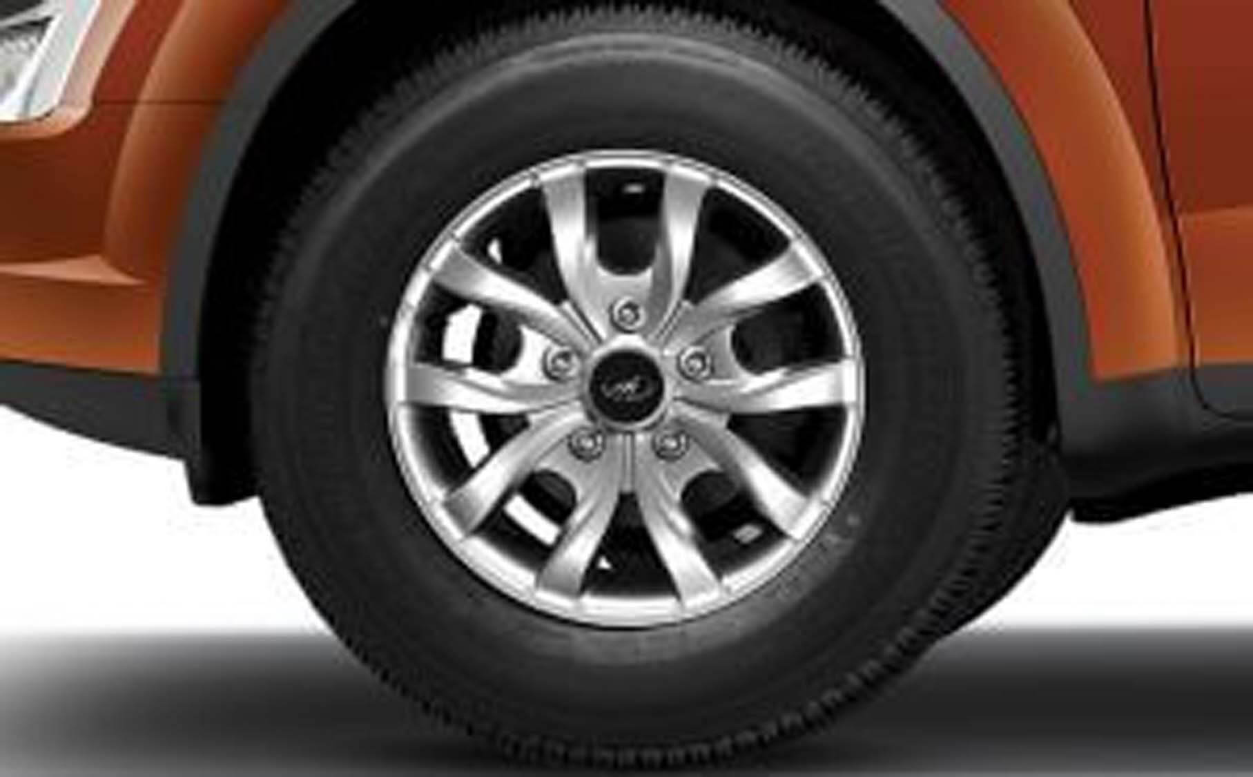 alloy_wheels_zoom